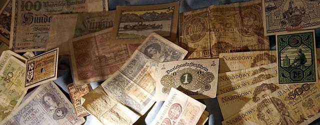 známky a peníze